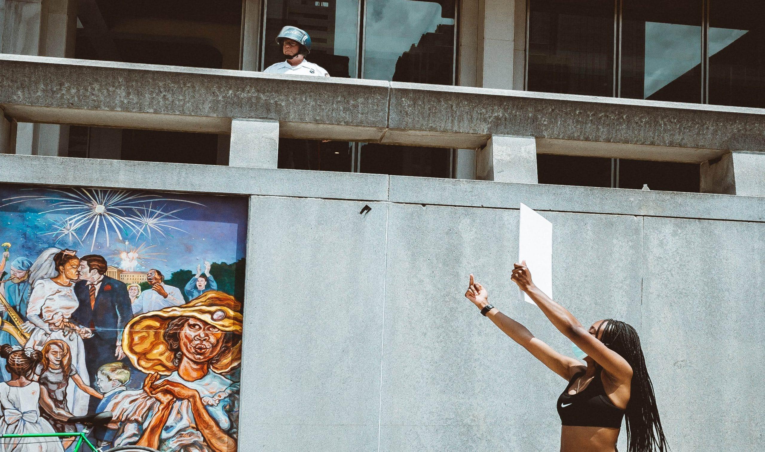 Der führende Intellektuelle afroamerikanischer Herkunft, Cornel West, hält die Protestbewegung in den USA für einen Wendepunkt in den USA.